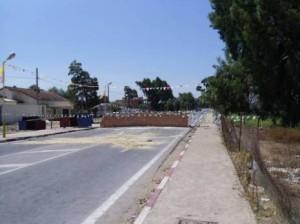 + El Tarf: Un mur, une autre façon de couper la route à la circulation pour se faire entendre dans Actu d'Ici mur-300x224
